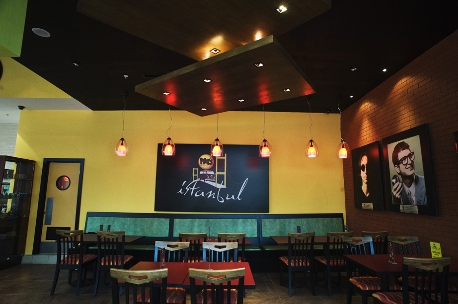 moes-marmara-forum-cafe-tasarimi